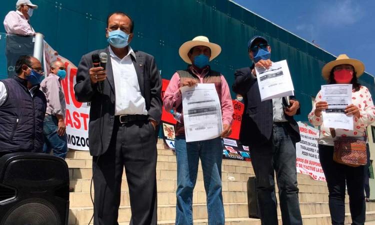 En Puebla pagan luz hasta 300 por casa y 10 mil por negocios