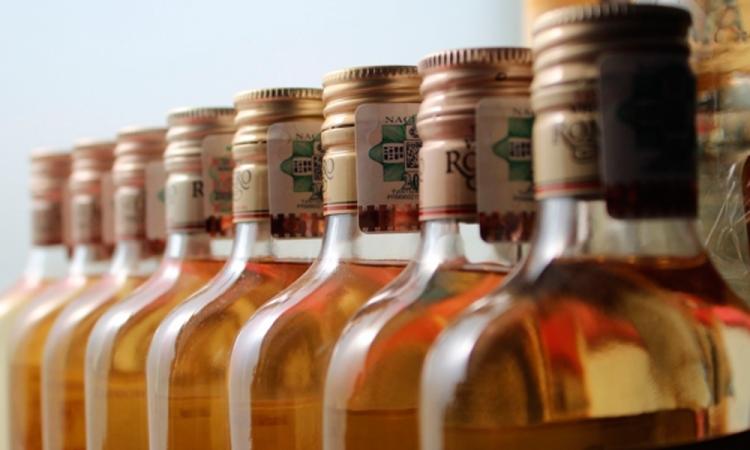 Fallecen 74 personas de 104 intoxicadas por alcohol en Puebla