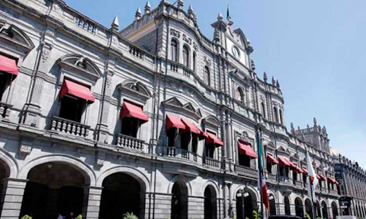 Relevan a titular de Catastro Municipal de Puebla capital