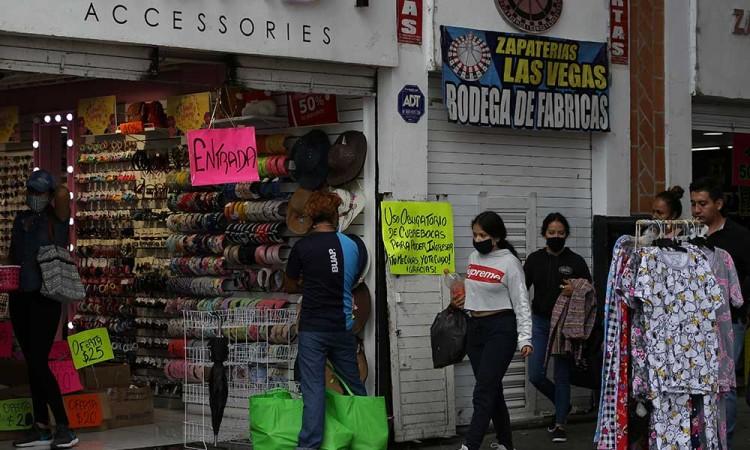 Por crisis del Covid-19, darán dinero a formales y ambulantes
