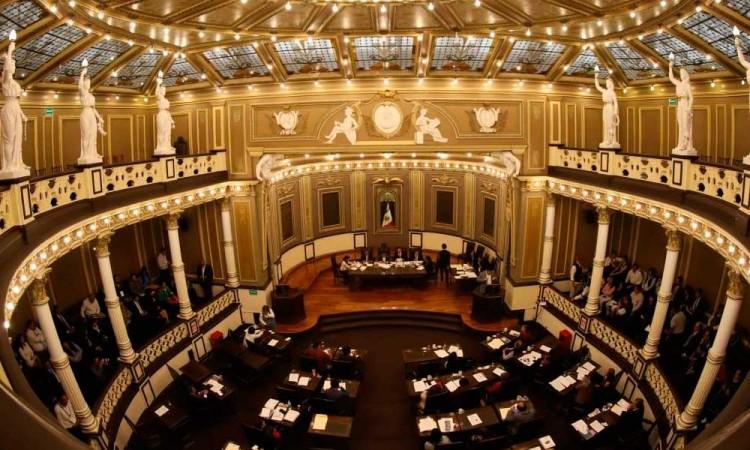 Diputados buscan poner candados para candidatos no nacidos en Puebla