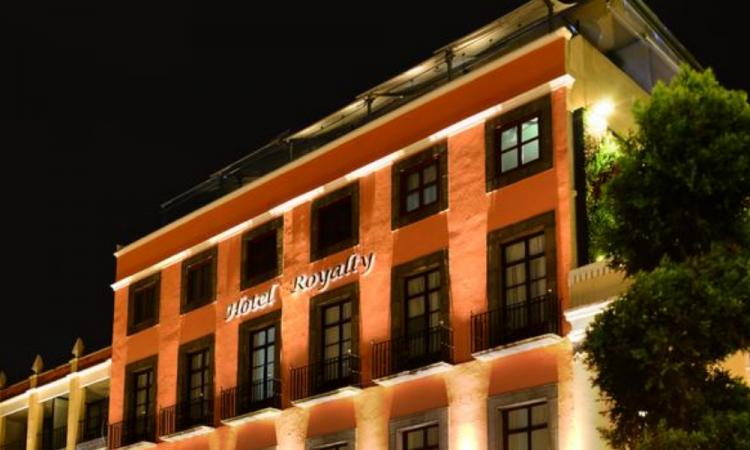 Por contingencia cierra definitivamente el emblemático Hotel Royalty