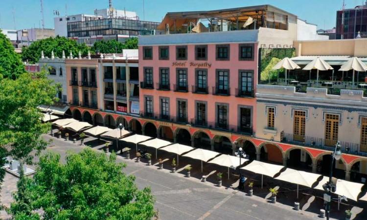 Turismo Municipal lamenta cierre de Hotel Royalty: Es una mala señal para todo el país