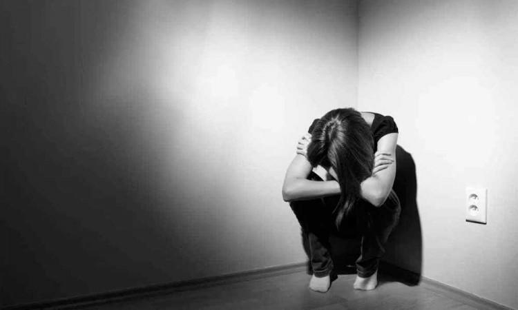 Atienden a 12 jóvenes poblanos con tendencias suicidas en cuarentena