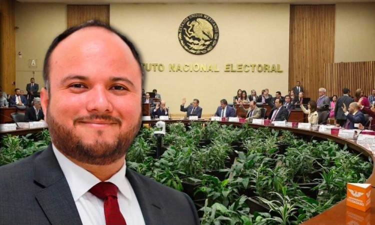 El poblano Arturo Baltazar va por reducir costos del INE si es elegido como consejero general