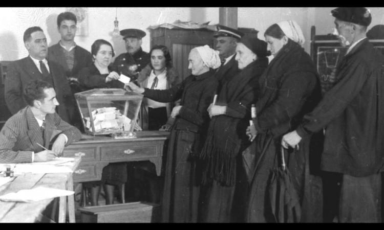 Durante el foro se hizo una cronología de cómo se vivió la entrada de las mujeres en la política.