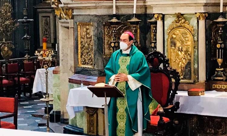 Pide obispo de Puebla fe, esperanza y caridad