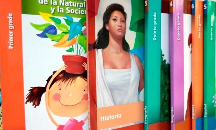 Sin plan de distribución, Barbosa asegura que se entregarán libros de texto