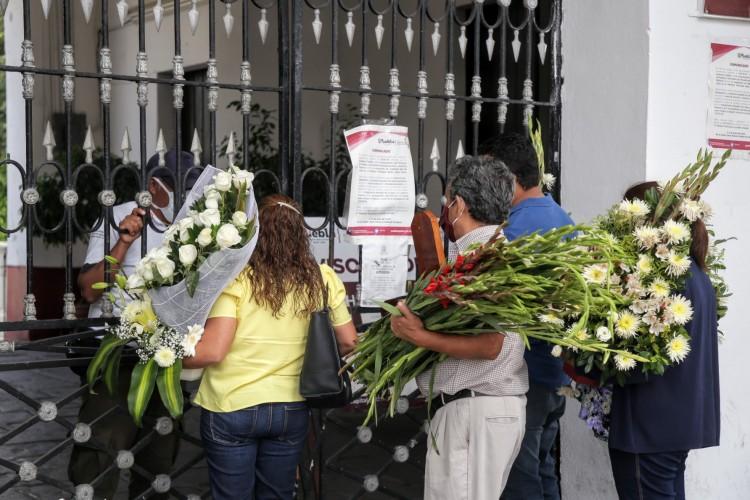 Suman 46 servicios funerarios en el Panteón Municipal de Puebla por coronavirus