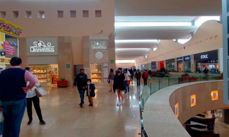 Abre Centro Comercial Angelópolis sus puertas cumpliendo con todas las medidas de sanidad