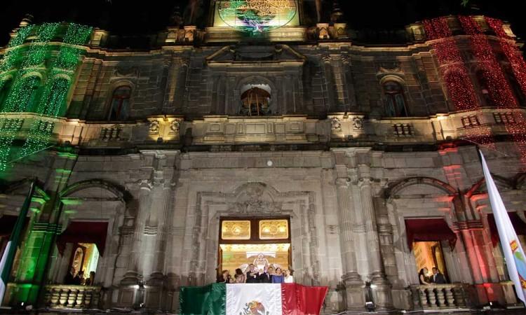 Habrá Grito de Independencia, siempre y cuando semáforo lo permita: Claudia Rivera
