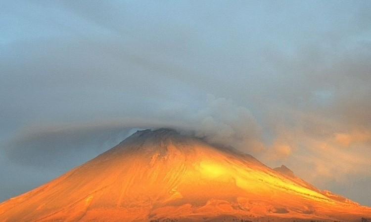 Hermosa postal del Popocatépetl
