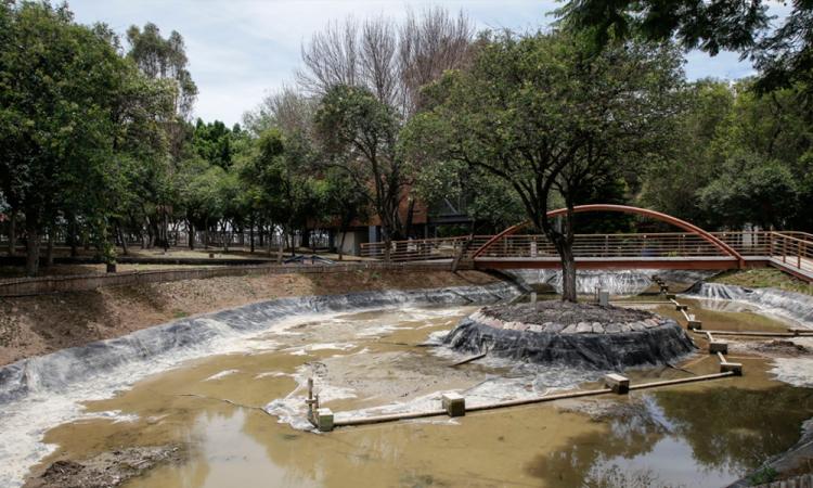 Parques en Puebla lucen vacíos en el primer fin de semana de reapertura