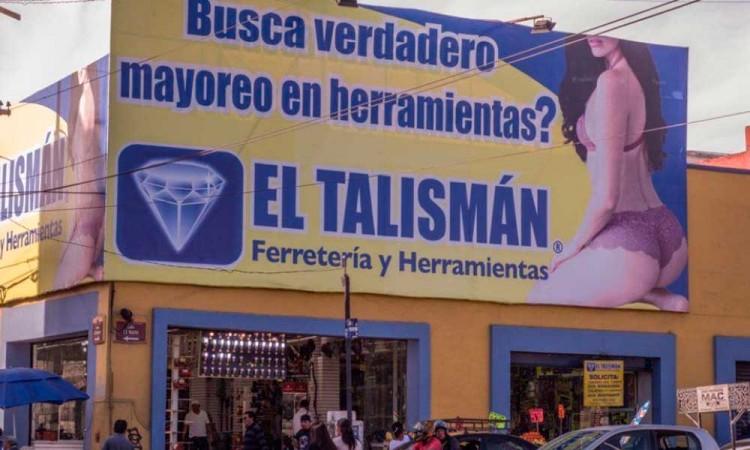 ¡Hasta nunca El Talismán! Deberán retirar de manera definitiva publicidad sexista