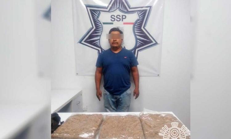 Detienen a un peligro narcovendedor de Izúcar de Matamoros