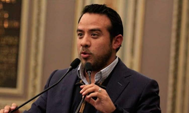 Ley de Educación de Puebla está mal hecha: Oswaldo Jiménez