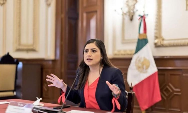 """""""Trabajo mata grilla"""", Claudia Rivera sobre obras públicas de justicia social"""