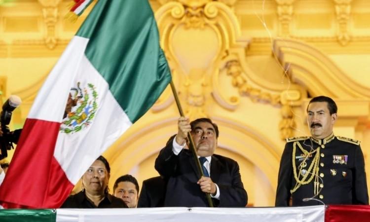 Grito de Independencia en Puebla será presencial, adelanta Barbosa