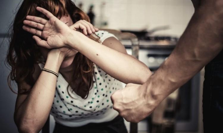 Descartaron alguna relación del tipo sexual entre la chica y el agresor.