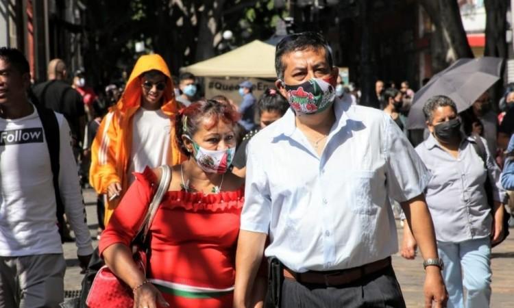 Por Covid-19 han fallecido 66 maestros en Puebla