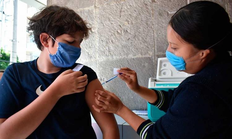 Se vacunará a un millón 700 mil poblanos contra influenza