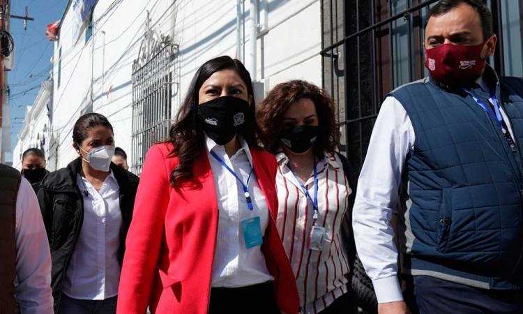 Acude Claudia Rivera ante Congreso; afirma que no hay nada que esconcer