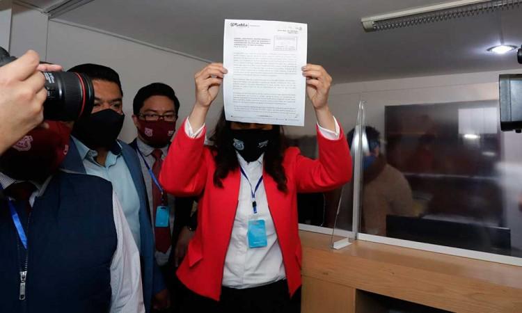 Comisión Inspectora analizará informe de Claudia Rivera; podrían llamarla de nuevo