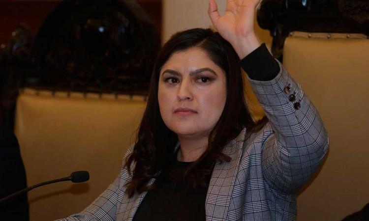 No me arrepiento de mis decisiones: Claudia Rivera, a dos años en el poder