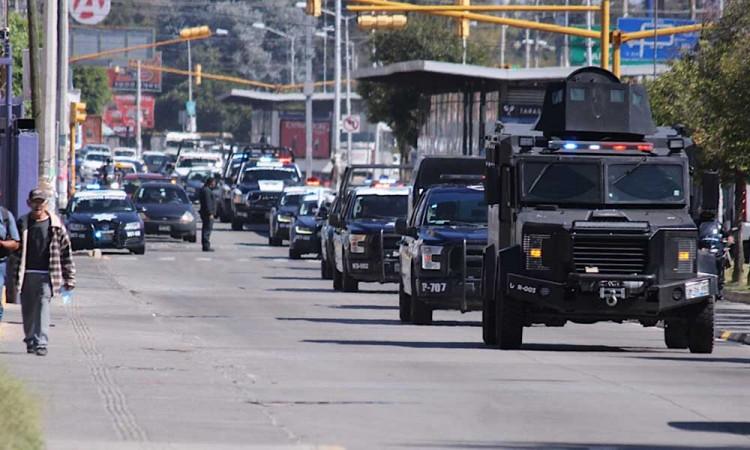 Policías de Puebla capital exigen liberar a colegas detenidos en Fiscalía