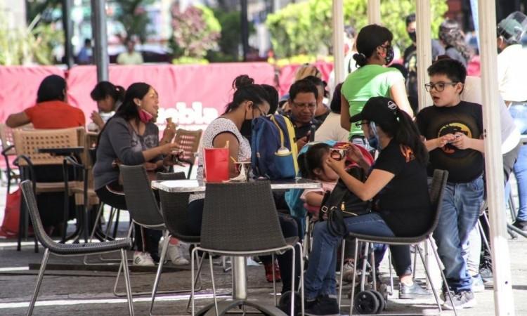 Entre 41 y 50 años, población con más riesgo de contagio Covid-19 en Puebla