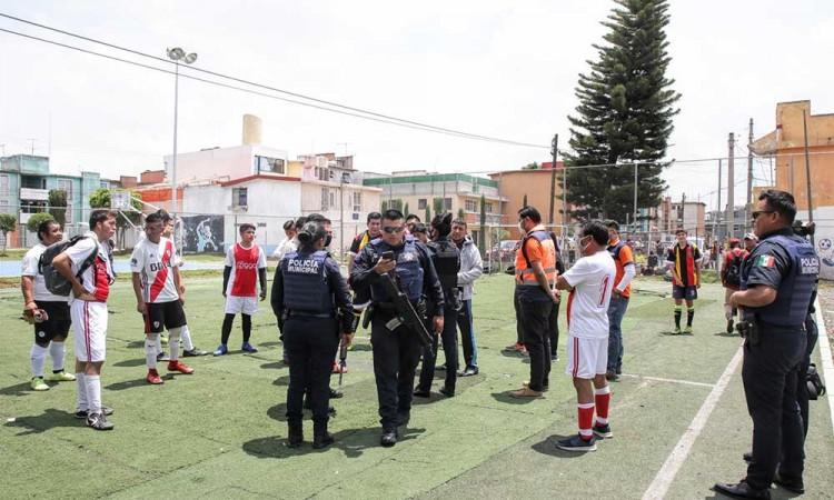 Canchas y espacios deportivos no abrirán hasta Semáforo Verde