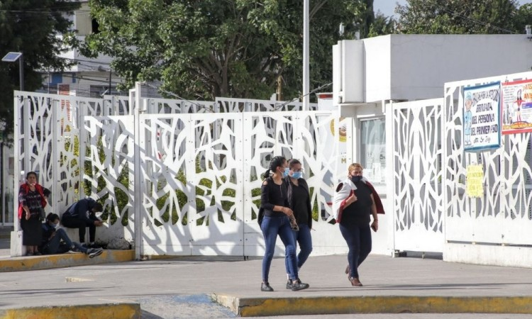 Se dispara la curva de contagios Covid-19 en Puebla; 227 nuevos casos
