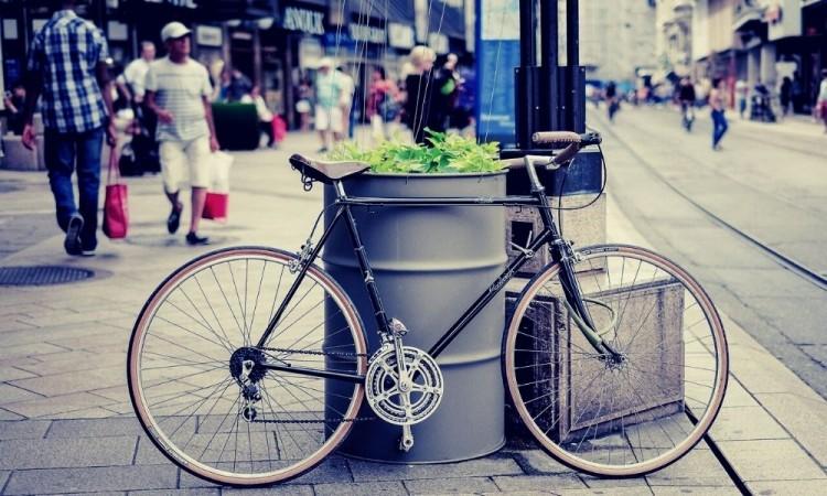 Para proteger a los peatones, ciclistas y personas con discapacidad.