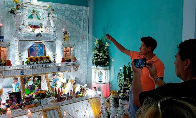Huaquechula dedicará altares monumentales a fallecidos por Covid-19 y alcohol adulterado