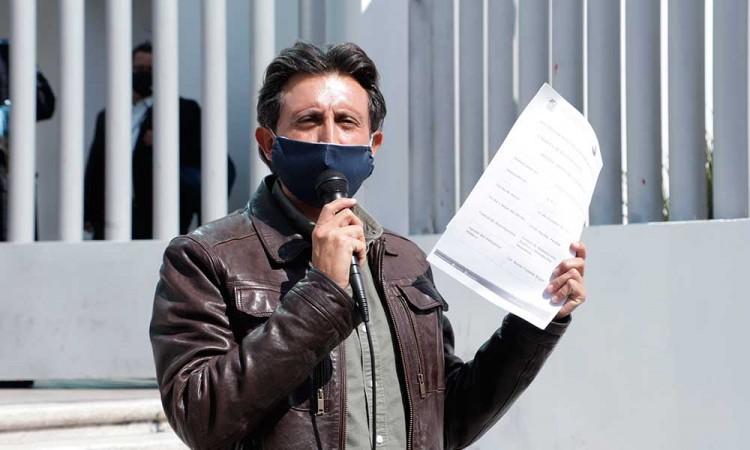 Desmienten que José Juan solicitara licencia de su cargo, tras denuncias de la Auditoria