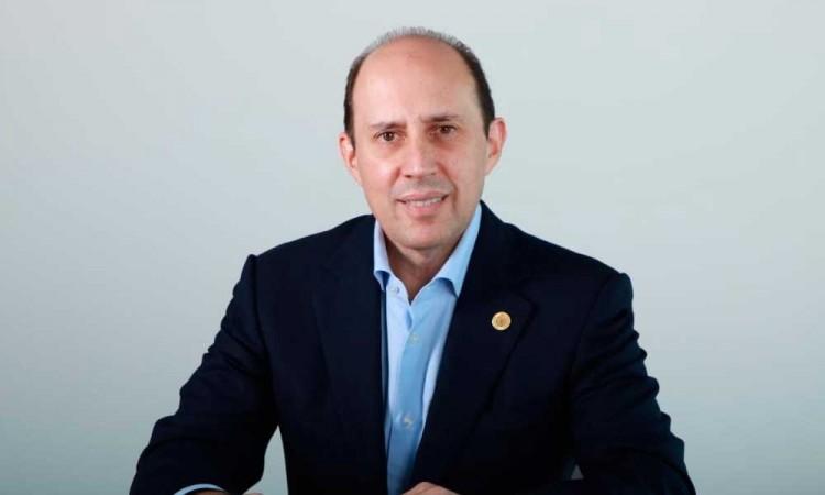 Fernando Manzanilla pide reforzar medidas para contener el Covid-19