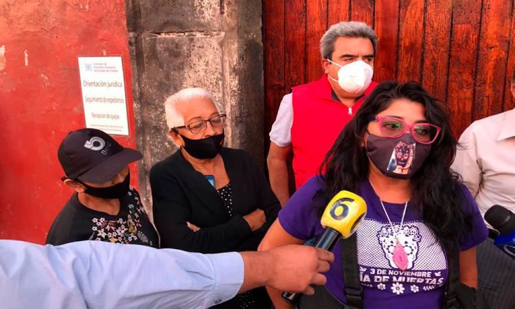 Familiares de Yaz acusan a dependencias por impedirles ver a la niña