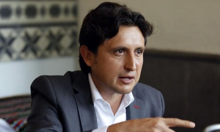 Pide José Juan Espinosa licencia al cargo, confirmó el gobernador
