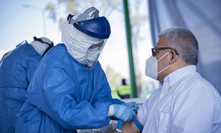 Continúan las pruebas gratuitas de detección de Covid-19 en BUAP