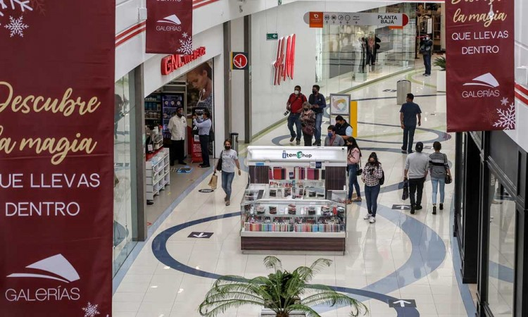 Poblanos mantienen esperanzas de subir ventas un 40% con Buen Fin