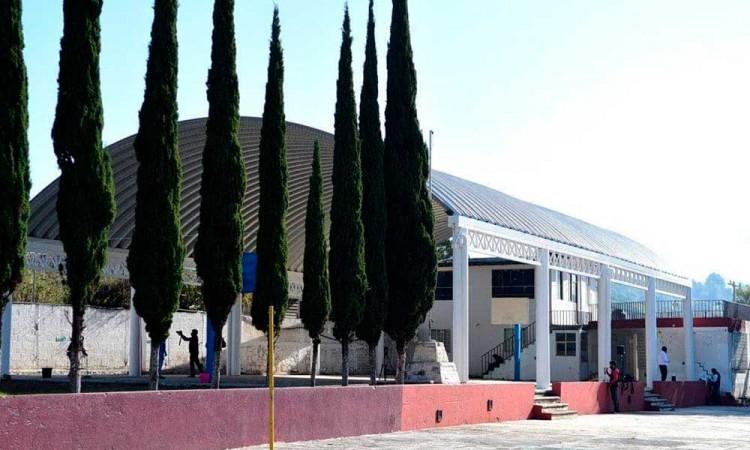Ayuntamiento de Puebla mejora espacios educativos en Santo Tomás Chautla