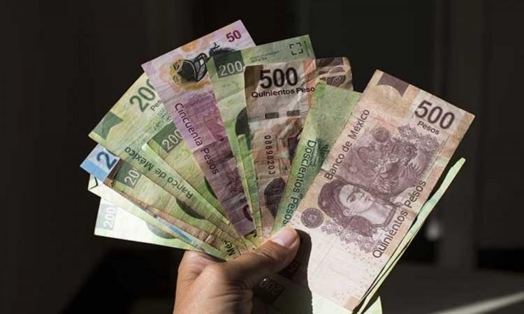 Recomienda Barbosa a ciudadanos no gastarse en exceso el aguinaldo