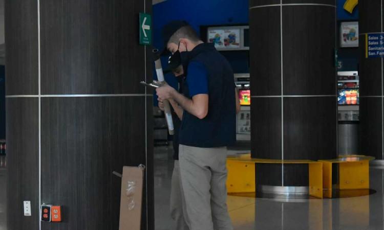 """""""Estábamos en incertidumbre"""", personal de cines respira con reapertura en Puebla"""