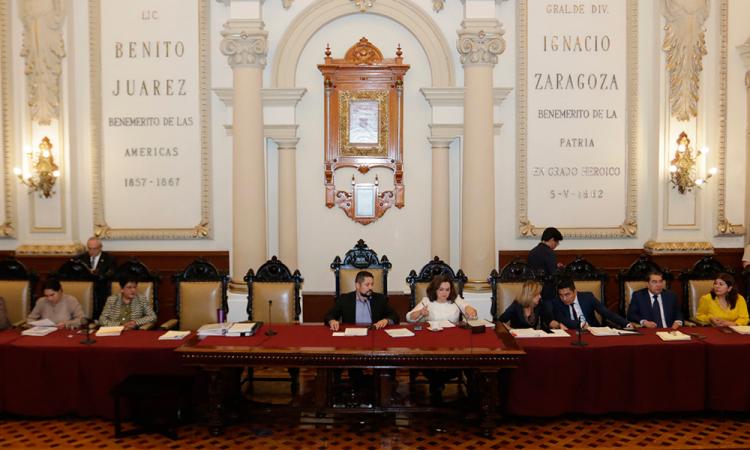 Cabildo de Puebla antes de la pandemia.