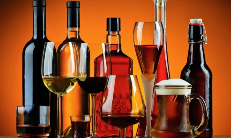 Buscan regular bebidas alcohólicas en Puebla
