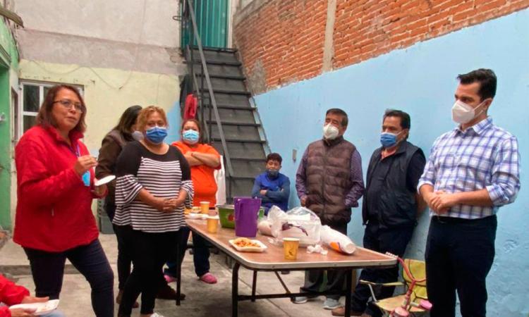 Chelo García comprometido con el bienestar de las familias poblanas