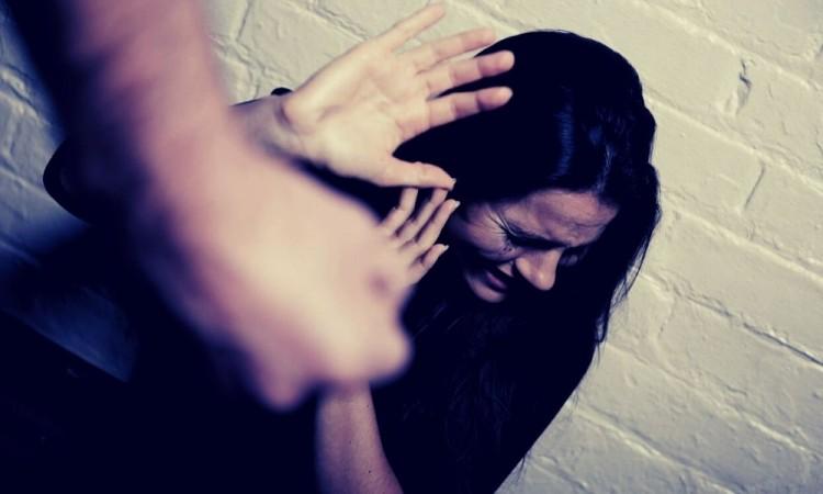 El 7 por ciento de mujeres de 15 años o más fueron violentadas.