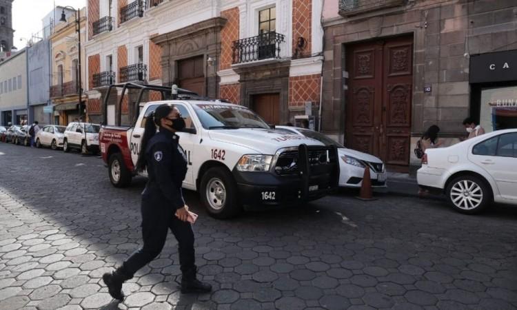 Cercan policías el Congreso del Estado en Puebla