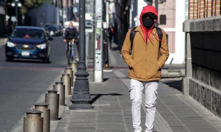 Continúan subiendo contagios de Covid-19 en Puebla
