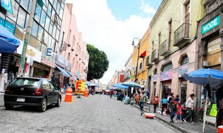 Pide Coparmex al Ayuntamiento de Puebla resolver el ambulantaje